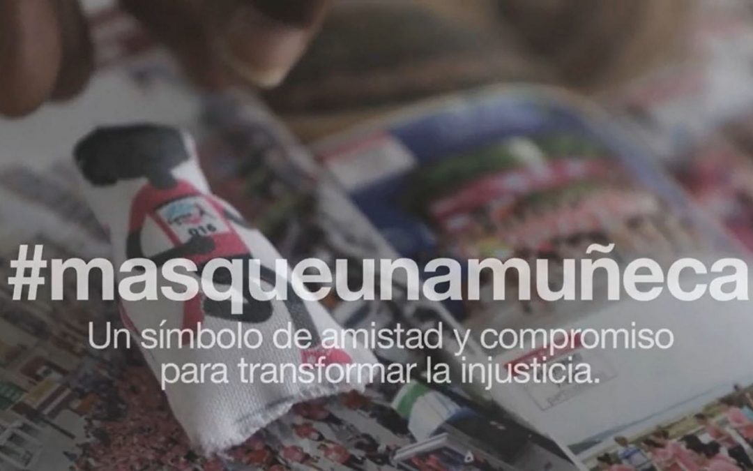 #Masqueunamuñeca | Merchandising social de la Carrera de la Mujer 2017