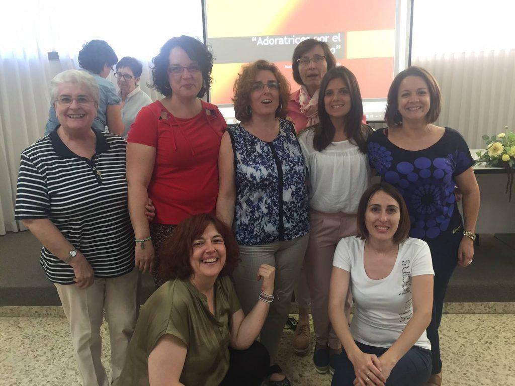 Red Adoratrices: Adoratrices por el Empleo
