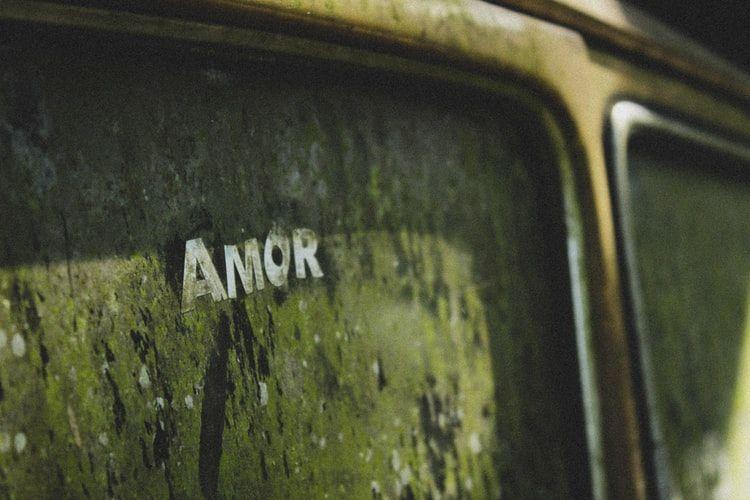 Desterrando los mitos del amor romántico